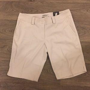 Nike modern rise golf shorts size 10